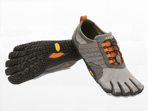 VIBRAM® FiveFingers® TREK ASCENT